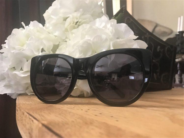 RAEN Sunglasses Zoe Box of Style 2017 Summer